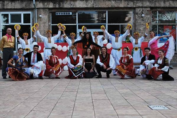 Годишен спектакъл на Лира Груп Денс Къмпани Танц без граници - DVD